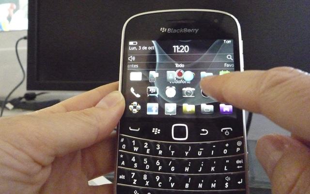 La BlackBerry Bold 9900 tiene pantalla táctil